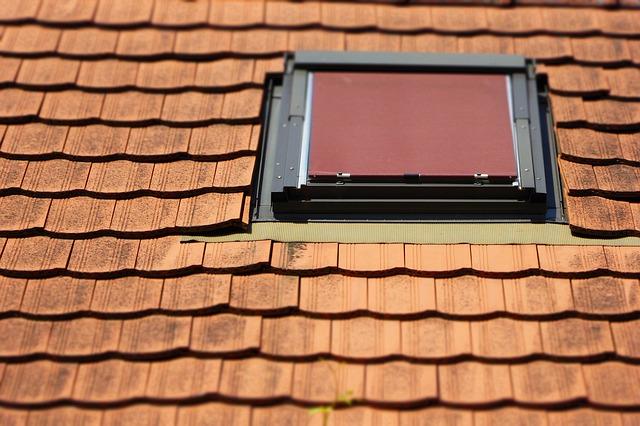 střešní okno zvenku